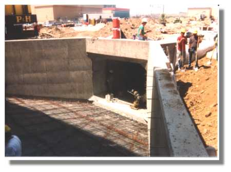 The box culvert inlet